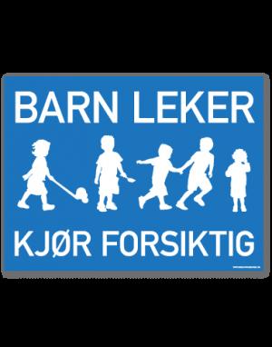 Barn leker skilt med blå bakgrunn og hvit tekst og bilde av barn som leker