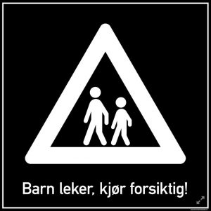 Barn leker, kjør forsiktig