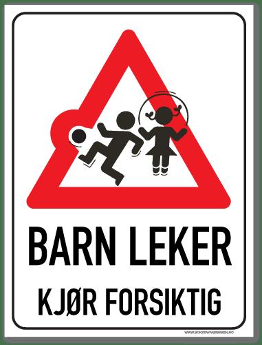 Barn leker med rød varseltrekant og tekst som oppfordrer til å kjøre forsiktig
