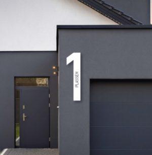 Husnummer med tekst | Hvit