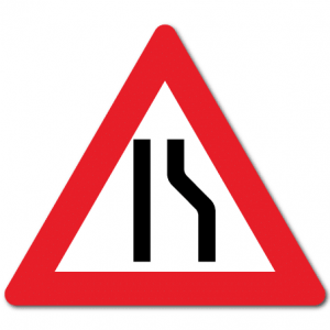 Trafikkskilt Smalere veg 106-2