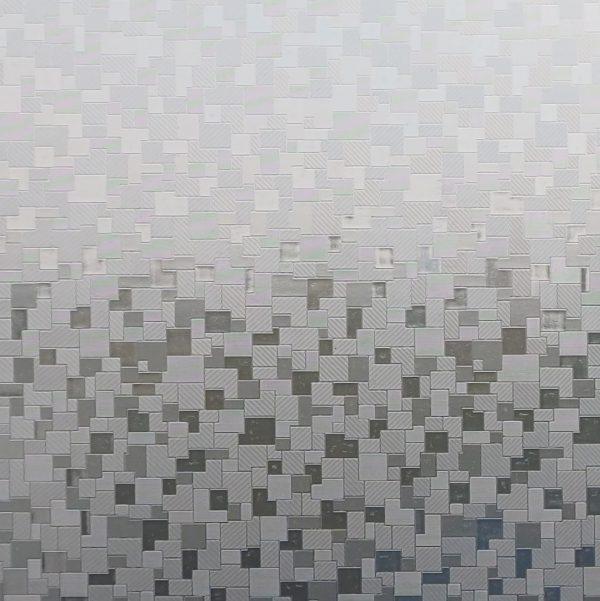Nærbilde av en strukturert vindusfolie.