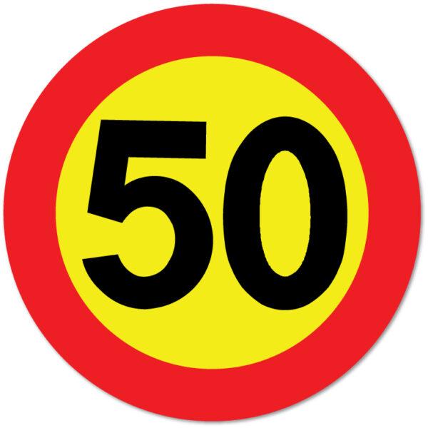Arbeidsvarsling skilt som forteller at fartsgrensen er 50 km/t