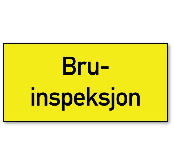 Arbeidsvarsling skilt som forteller at det foregår bruinspeksjon